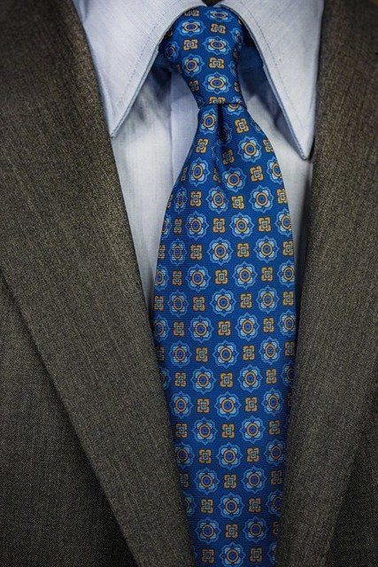 Printed Silk Tie - Navy Geometrical